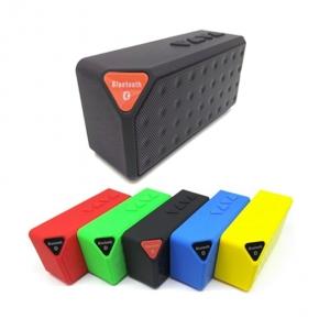 Caixa de Som com Bluetooth Colorida